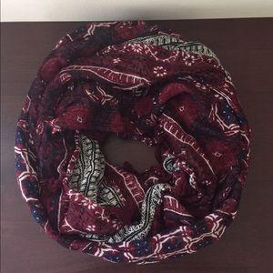 Stella & Dot reversible infinity scarf